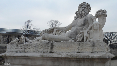 le nil statue tuileries