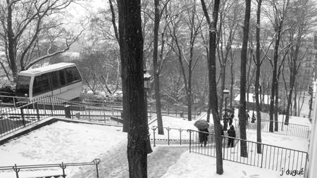 paris neige mars funiculaire