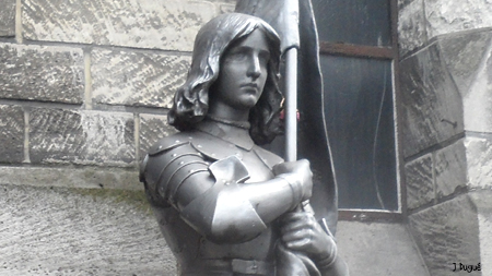 statue jeanne d arc paris 18e
