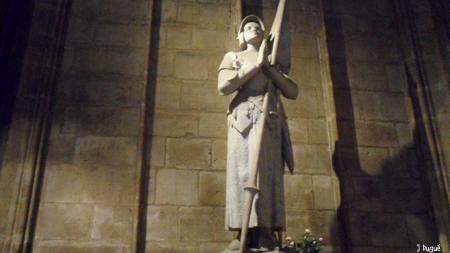 statue jeanne d arc notre dame